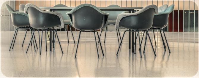 Haus der Kulturen der Welt innen Stuhlgruppe I © Bernd Wonde