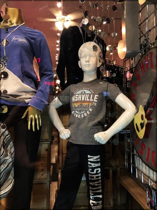 Nashville Broadway T-Shirt Puppe © Bernd Wonde