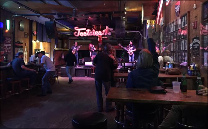 Nashville Broadway Tootsies © Bernd Wonde
