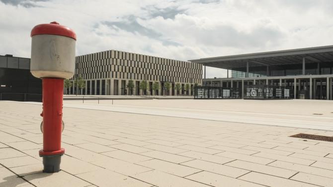 Flughafen BER © Bernd Wonde